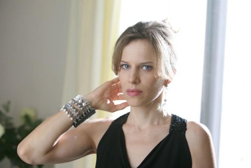 Sonia Bergamasco sul set del film Giulia non esce la sera