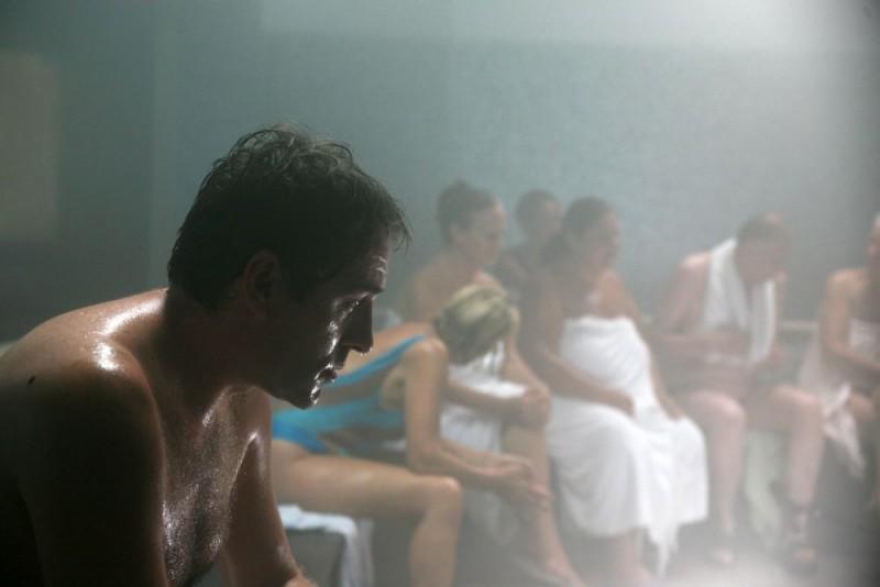Valerio Mastandrea in un'immagine del film drammatico Giulia non esce la sera, diretto da Giuseppe Piccioni