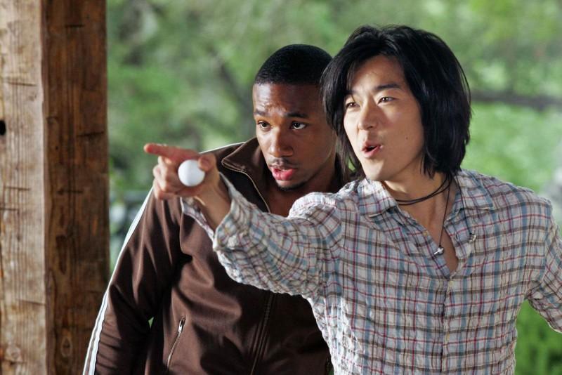 Arlen Escarpeta e Aaron Yoo n'immagine dell'horror Venerdì 13