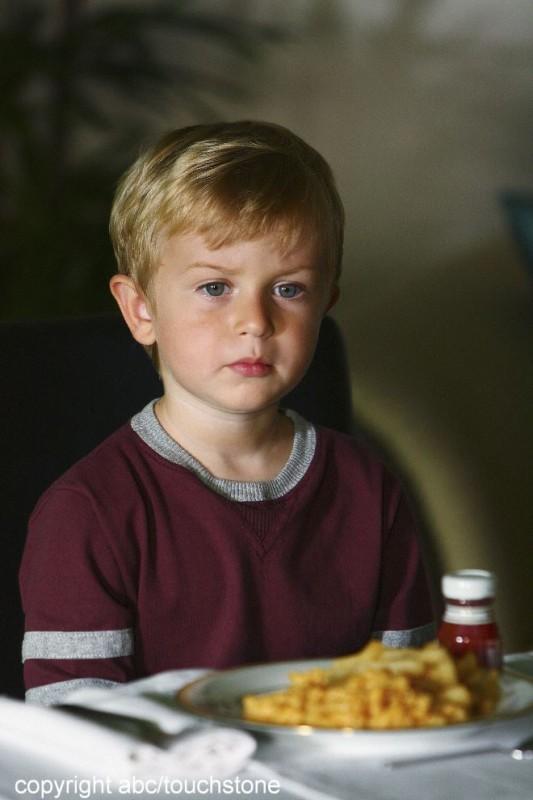 Il piccolo William Blanchette nell'episodio The Little Prince di Lost