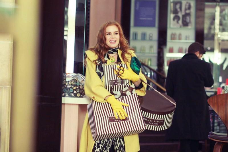 Isla Fisher in un'immagine del film I Love Shopping