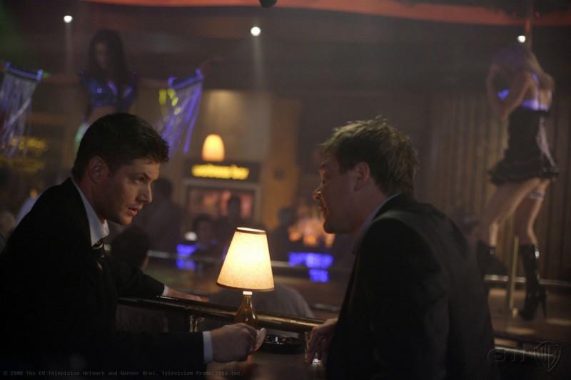 Jensen Ackles e Jared Padalecki nell'episodio Sex and Violence di Supernatural