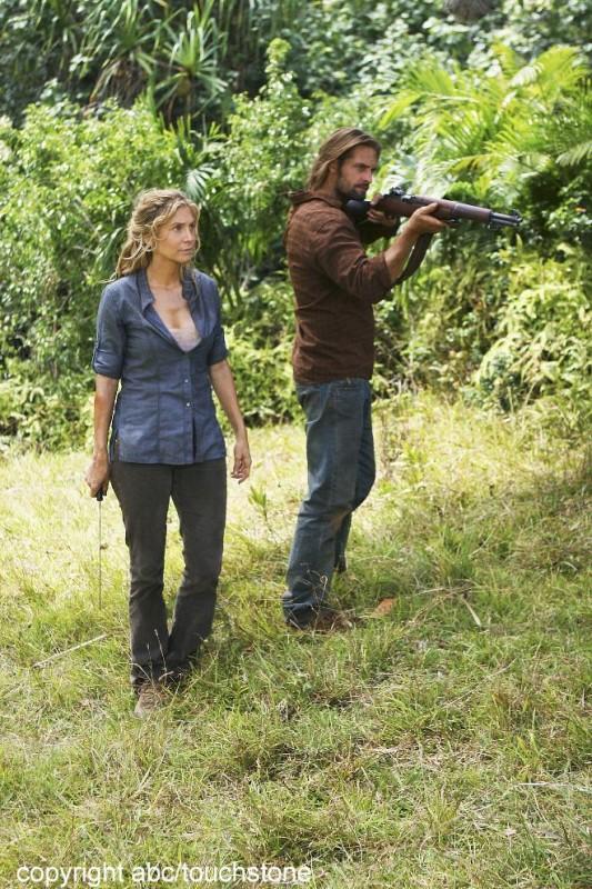Josh Holloway ed Elizabeth Mitchell in una scena dell'episodio Jughead di Lost