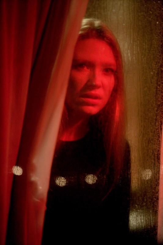 Anna Torv in una scena dell'episodio The Transformation di Fringe