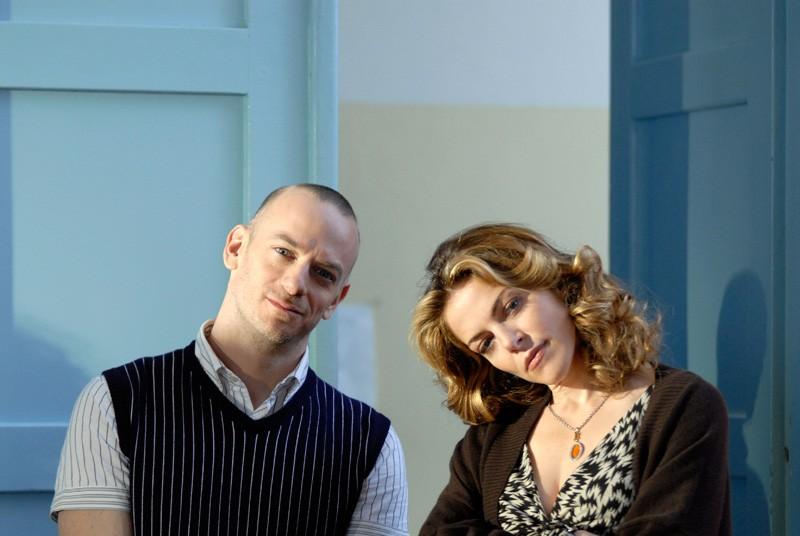 Filippo Nigro e Claudia Gerini in una foto promozionale del film Diverso da chi?