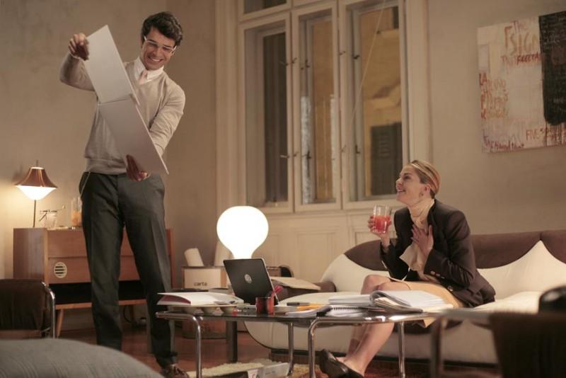 Luca Argentero e Claudia Gerini in una scena di Diverso da chi?, diretto da Umberto Carteni
