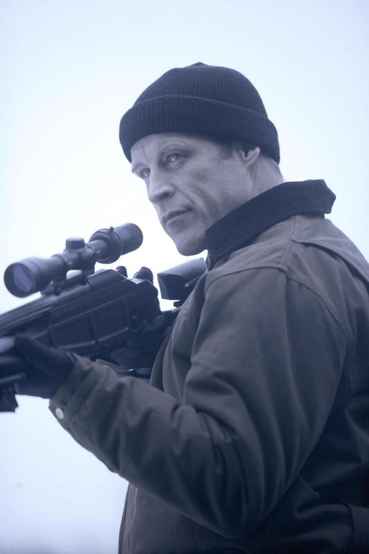 Mark Valley in una scena dell'episodio The Transformation di Fringe