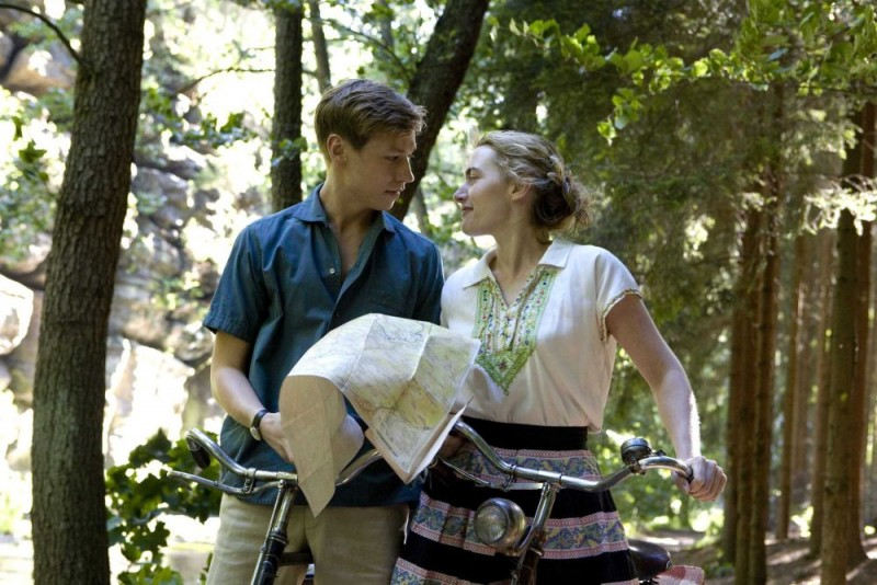 David Kross e Kate Winslet in una sequenza del film The Reader