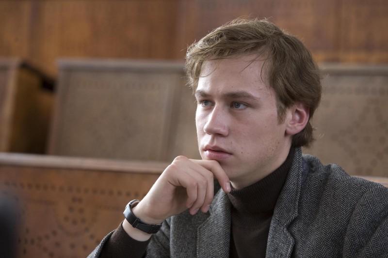 David Kross interpreta Michael Berg da giovane nel film The Reader