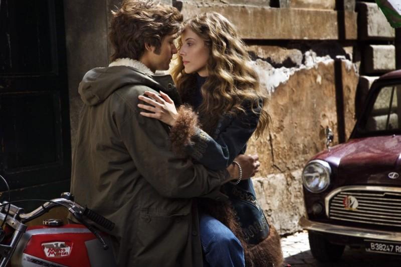 Emanuele Bosi e Maria P. Petruolo in una scena del film Questo piccolo grande amore