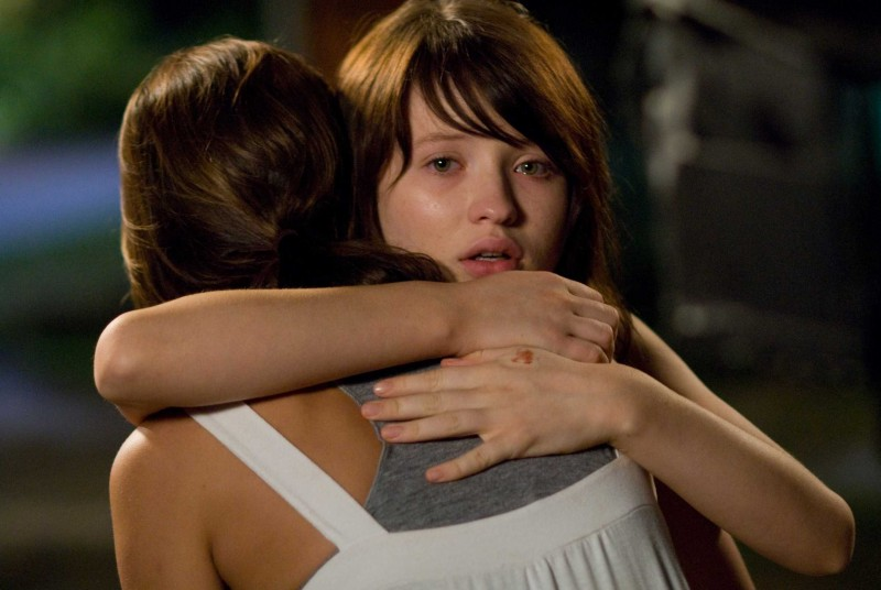 Emily Browning in una scena di The Uninvited