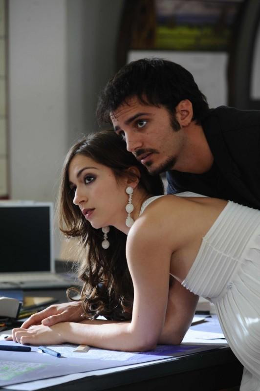 Giulia Steigerwalt e Nicolas Vaporidis in una scena del film Iago
