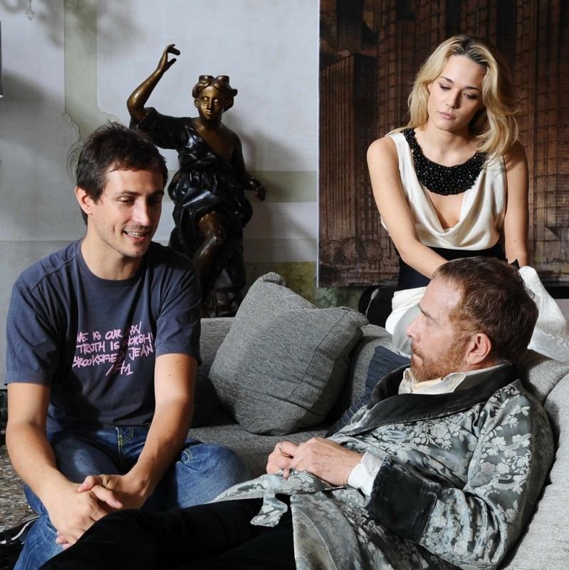 Il regista Volfango De Biasi, Laura Chiatti e Gabriele Lavia sul set del film Iago