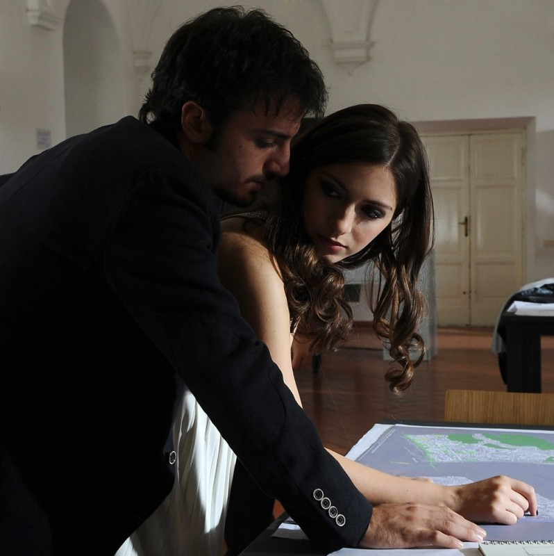 Nicolas Vaporidis e Giulia Steigerwalt in un'immagine del film Iago