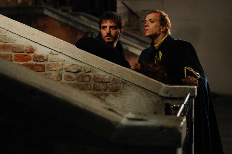 Nicolas Vaporidis e Lorenzo Gleijeses in una scena del film Iago