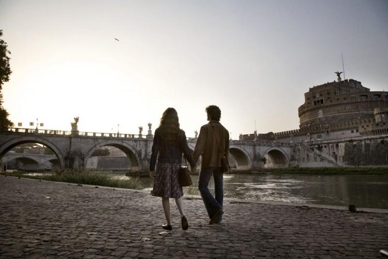 Una romantica scena del film Questo piccolo grande amore