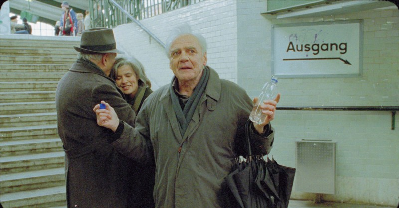 Michel Piccoli, Irène Jacob e Bruno Ganz nel film The Dust Of Time (I skoni tou hronou)