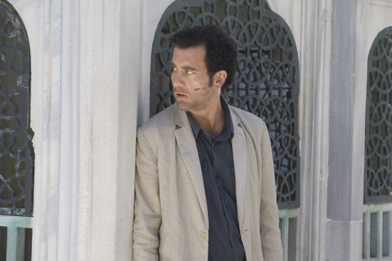 Clive Owen in una sequenza di The International