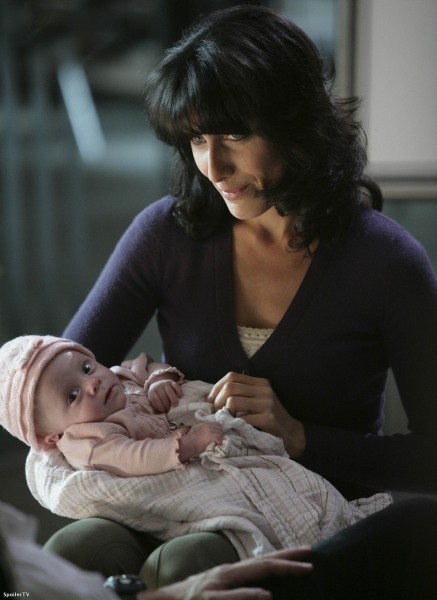 Lisa Edelstein in una scena dell'episodio Big Baby di Dr. House: Medical Division