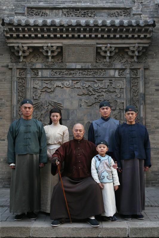 Aaron Kwok con il cast del film Empire Of Silver (Baiyin Diguo)