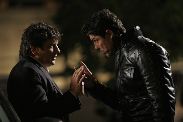 Fabio De Luigi e Alessandro Gassman in una scena del film Ex