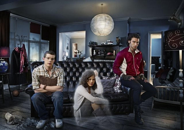 Mitchell (Aidan Turner), George (Russell Tovey) ed Annie (Lenora Crichlow) in una immagine promozionale di Being Human