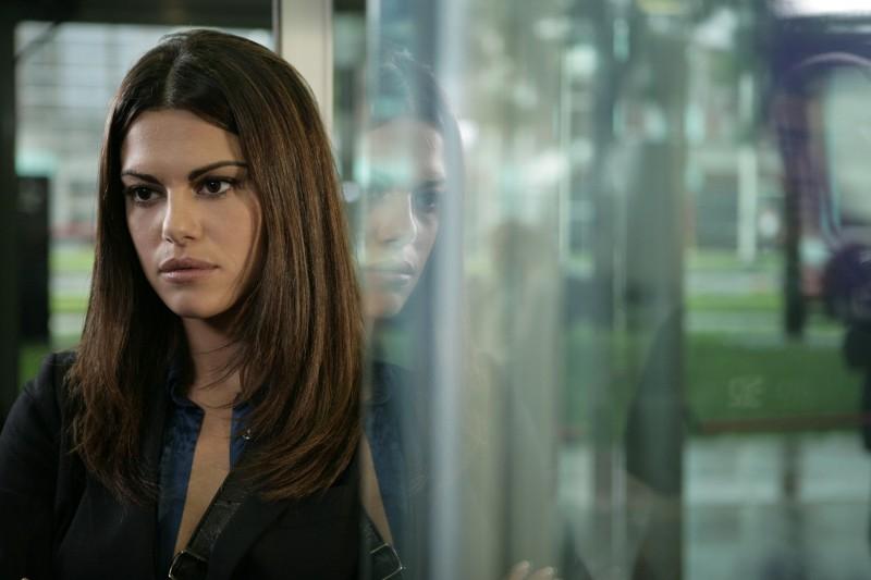 Bianca Guaccero è Grazia nell'episodio Il Ministeriale della serie Il bene e il male