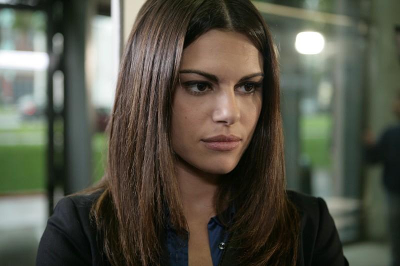 Bianca Guaccero in una scena dell'episodio Il Ministeriale della serie Il bene e il male