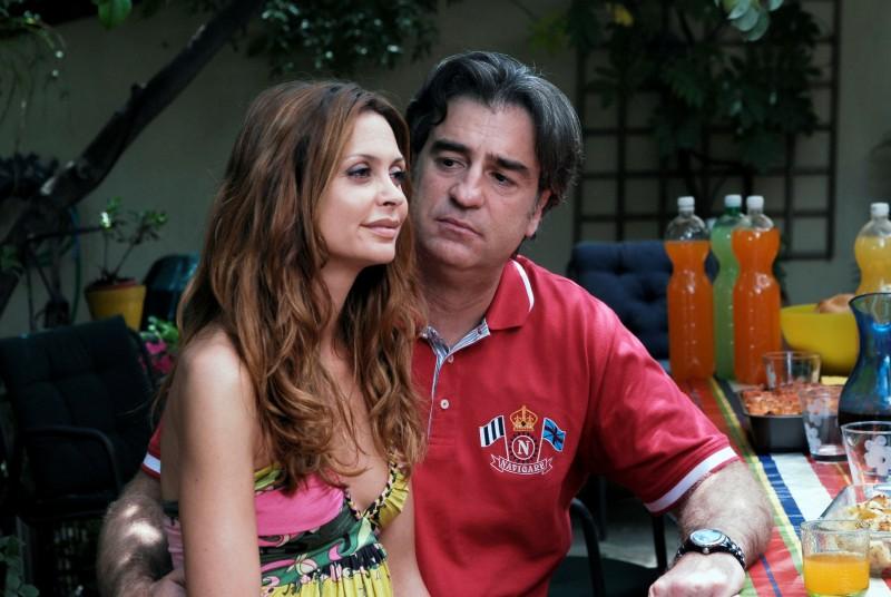 Elda Alvigini e Max Tortora in una scena de I Cesaroni 3