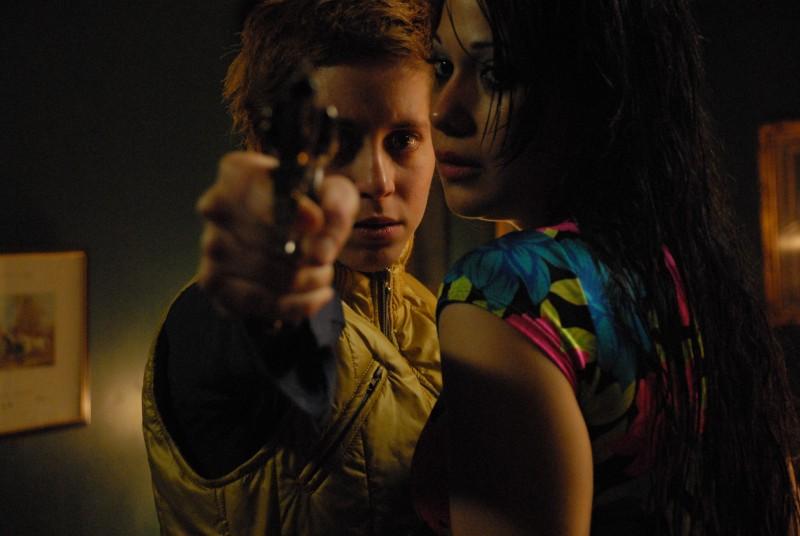 Inés Efron e Mariela Vitale in una sequenza di El niño pez (The Fish Child)