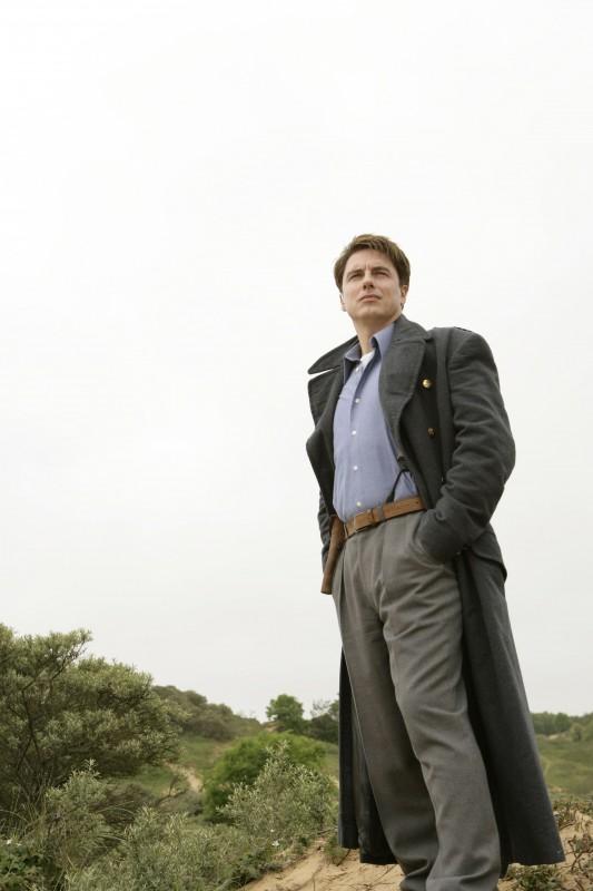 John Barrowman nell'episodio 'Adam' della seconda stagione di Torchwood