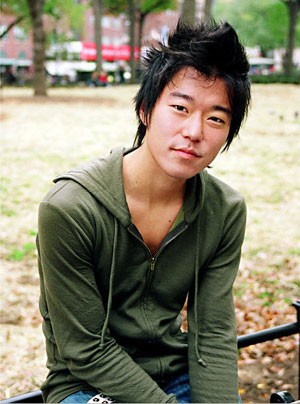 Una foto di Aaron Yoo