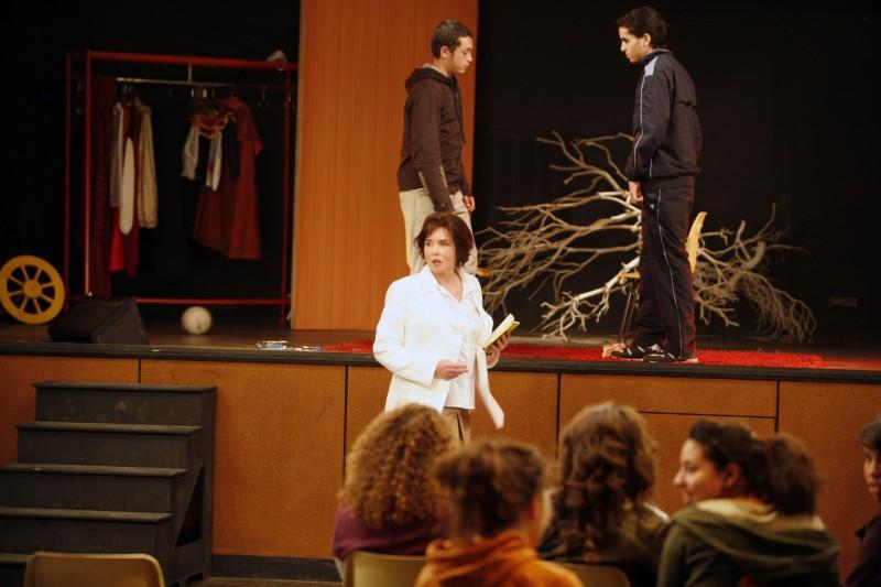 Isabelle Adjani in una scena del film La journee de la jupe