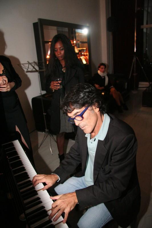 Fabio Nova al pianoforte
