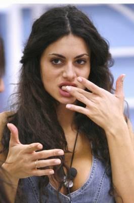 Grande Fratello 9 - Cristina, sexy e golosa
