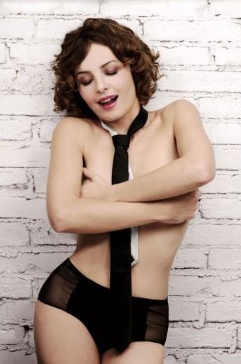 Violante Placido posa senza veli su Playboy Italia