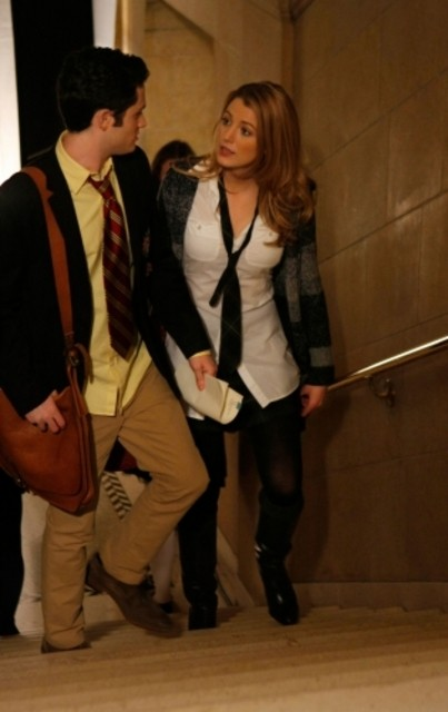 Penn Badgley e Blake Lively nell'episodio Carrnal Knowledge di Gossip Girl