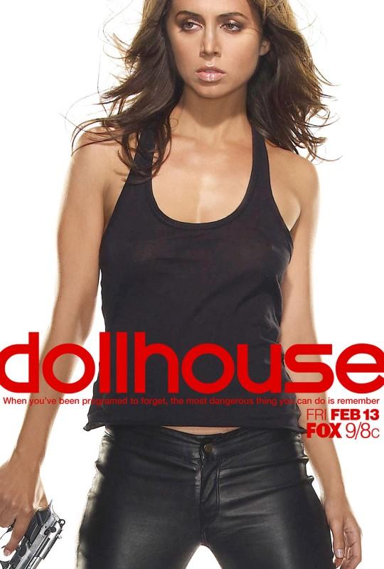 Uno dei poster promozionali di Dollhouse, la nuova serie creata da di Joss Whedon