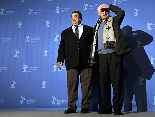 Berlinale 2009: il regista Bertrand Tavernier presenta In the Electric Mist insieme a John Goodman