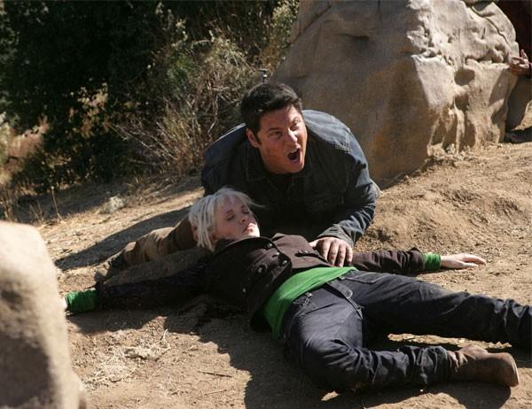 Brea Grant e Greg Grunberg in una scena di Trust and Blood della terza stagione di Heroes