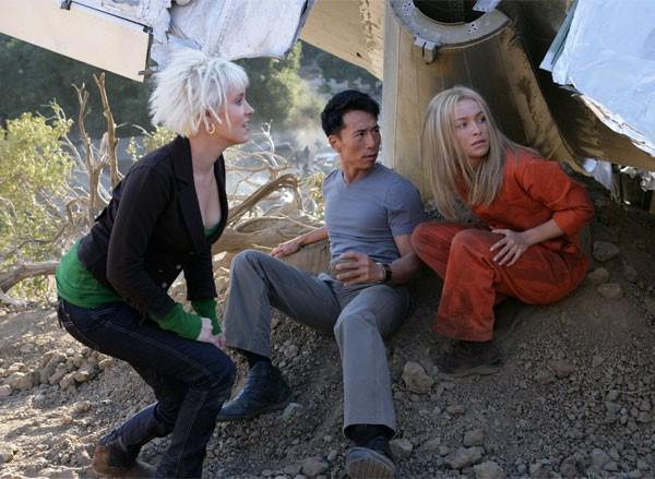 James Kyson Lee , Hayden Panettiere e Brea Grant in una scena di Trust and Blood della terza stagione di Heroes