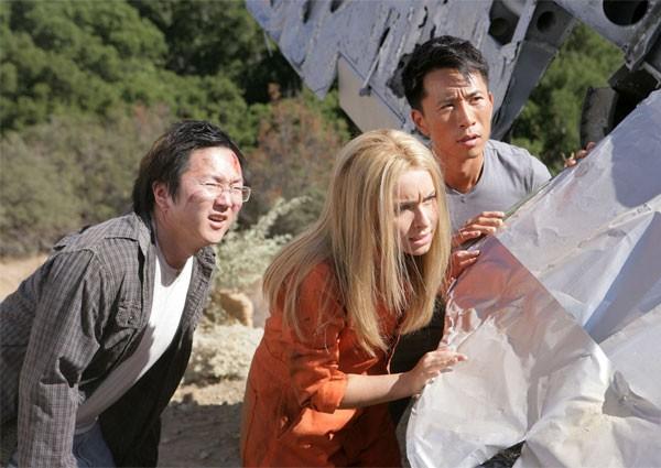 James Kyson Lee, Hayden Panettiere e Masi Oka in una scena di Trust and Blood della terza stagione di Heroes
