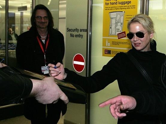 Renée Zellweger al suo arrivo a Berlino, per la presentazione di My One and Only.