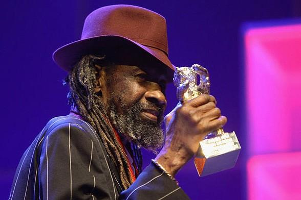 Berlinale 2009: Sotigui Kouyaté ritira l'Orso d'Argento vinto per la sua interpretazione in London River