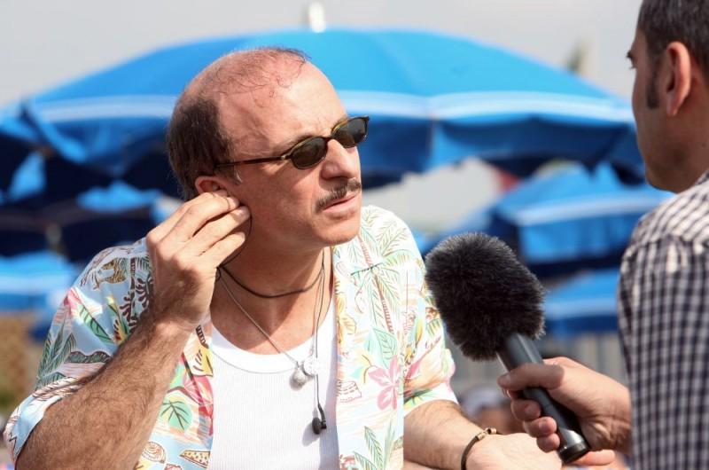 Carlo Buccirosso in una scena dell'episodio 'La fine del mondo' del film I mostri oggi