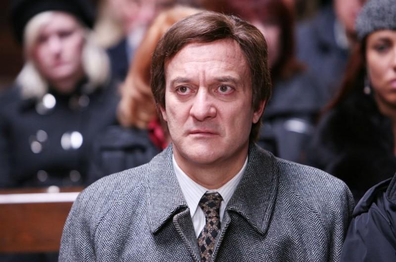 Claudio Bisio in una scena dell'episodio 'Povero Ghigo' del film I mostri oggi