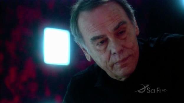 Dean Stockwell in una scena dell'episodio No Exit di Battlestar Galactica