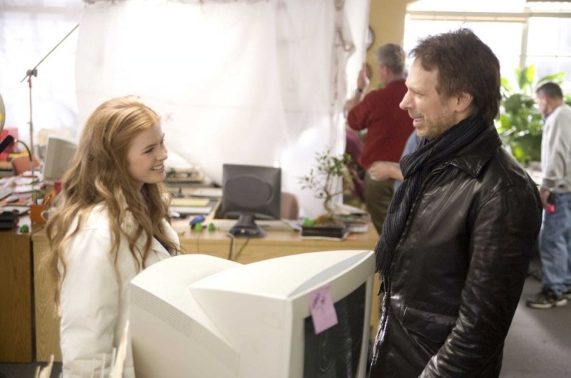 Isla Fisher e il produttore Jerry Bruckheimer sul set del film I Love Shopping