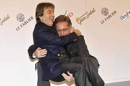 Festival di Sanremo 2009: Paolo Bonolis solleva il direttore di RaiUno, Fabrizio Del Noce