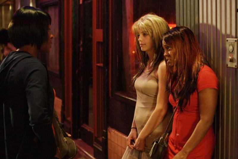 Vanessa Ferlito e Keshia Knight Pulliam in una scena del film Madea Goes to Jail